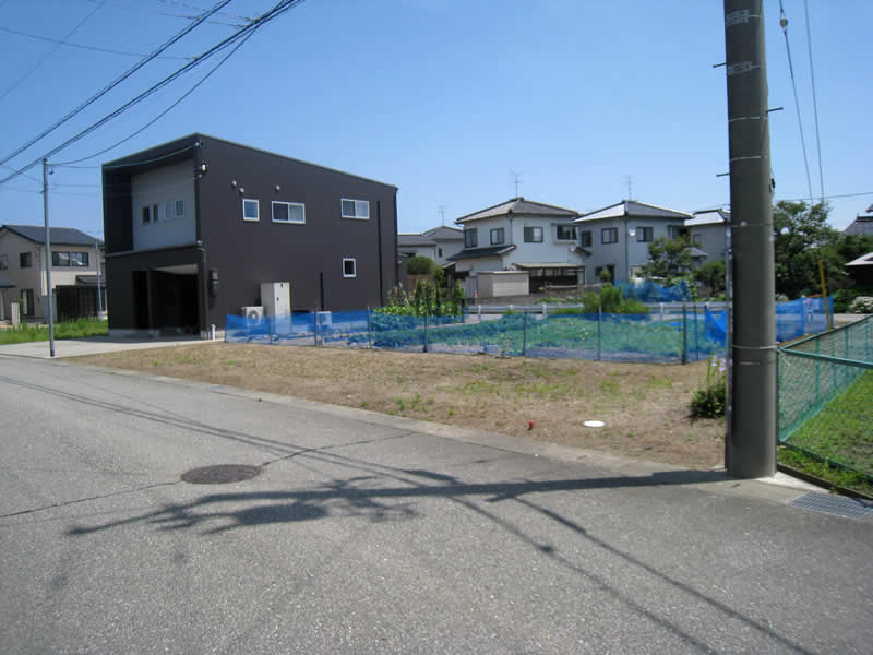射水市高場新町(3)